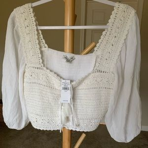 Medium American eagle crochet crop top